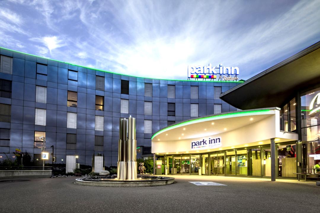 PMI ay Park Inn Zurich and Radisson Blu Basel